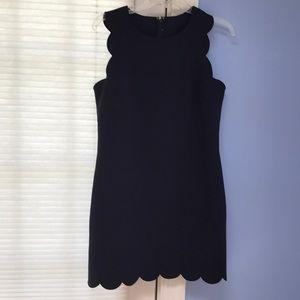 Dresses & Skirts - Navy scallop shift dress size medium $17